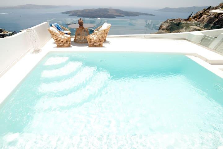 Anteliz Suites 3 Bedroom Private Villa - Thera - Villa