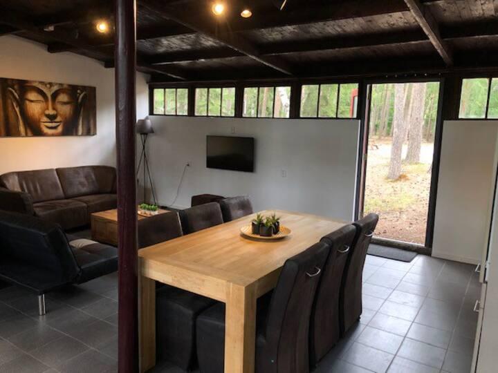 Het Dennenhuis, luxe vakantiehuis in het bos.