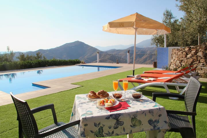 ¡NUEVA! Villa Dajabe: casa rural con infinity pool