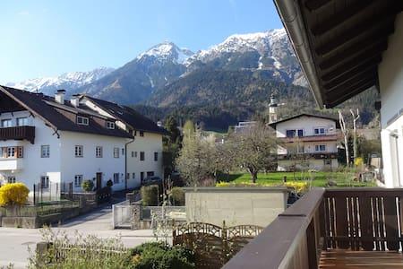 A nice place near Innsbruck - Thaur - Wohnung