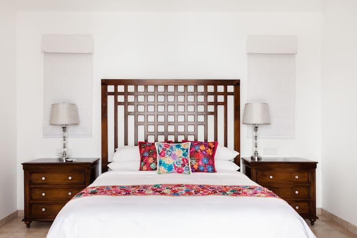 Спальня 4