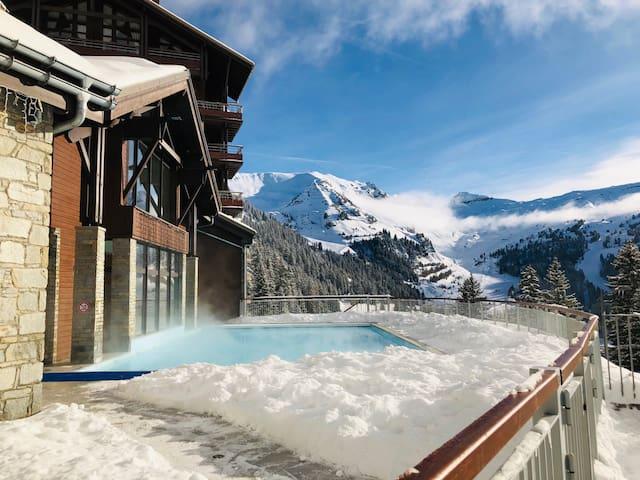4 star luxury ski-in ski-out apartment