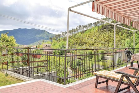Semi-Detached with 1 bedroom on 68m² in Casarza Ligure -GE-