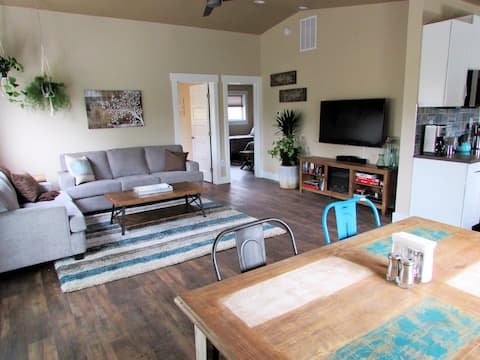 Private location only 15 minutes from downtown!