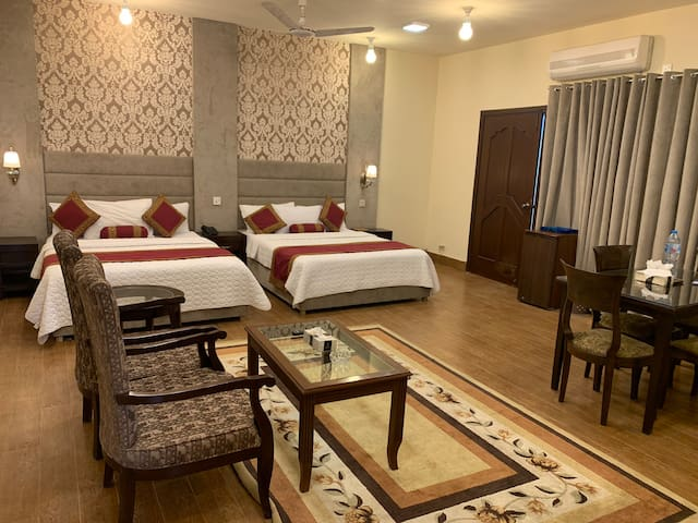 Spacious Family Suite Near Centaurus Mall
