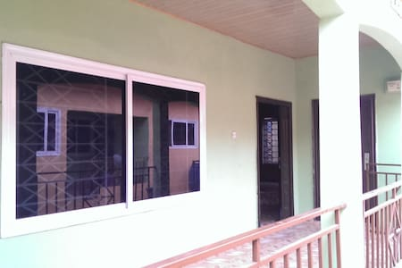 Guest Apartment in Accra / Adenta Frafraha - Adenta Municipality