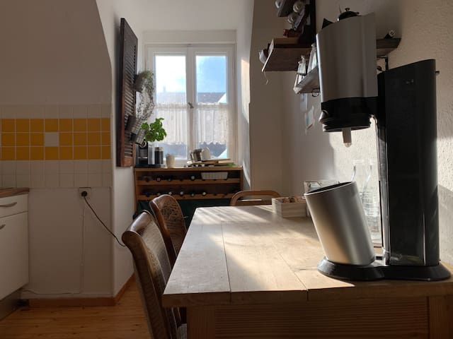 Esstisch in der Küche - dinner table in the kitchen