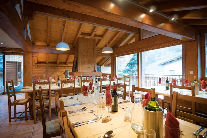 Chalet Elise - summer in The French Alps