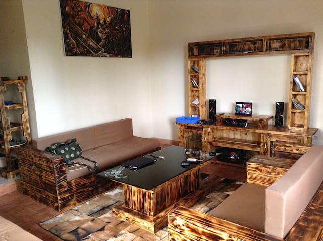 Kip's Home - Kigali