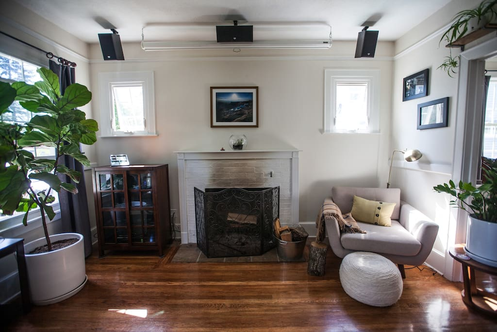 Versatile living room with your choice of a fireplace...