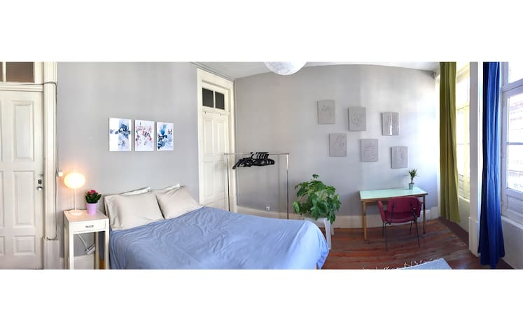 Bright cozy double room in HEART of Porto! - Porto - Daire