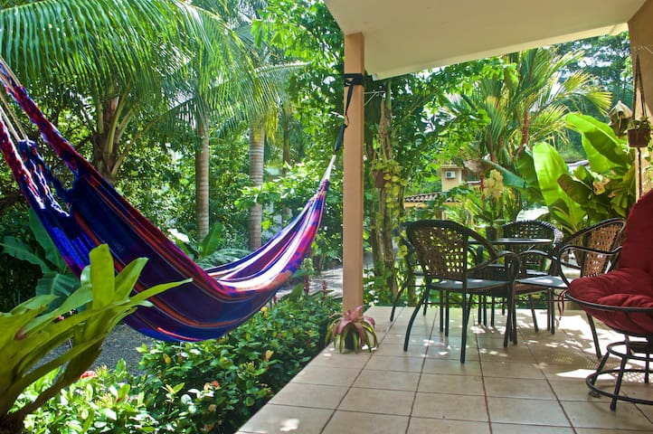 The Jungle House - Playa Hermosa