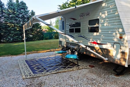 Very Private, Quiet, Breakfast & Close to Rte 322
