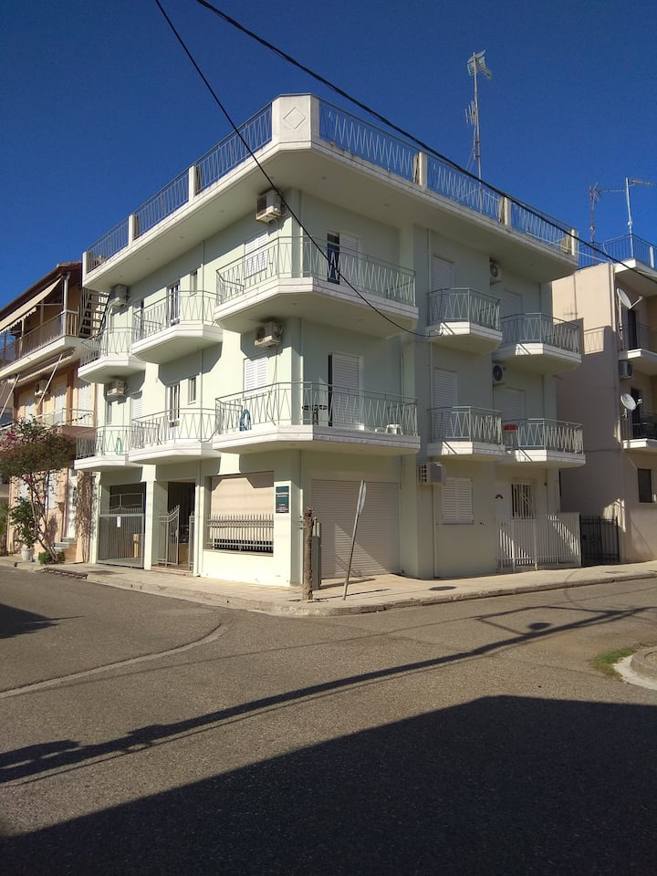 Thanasis' apartments