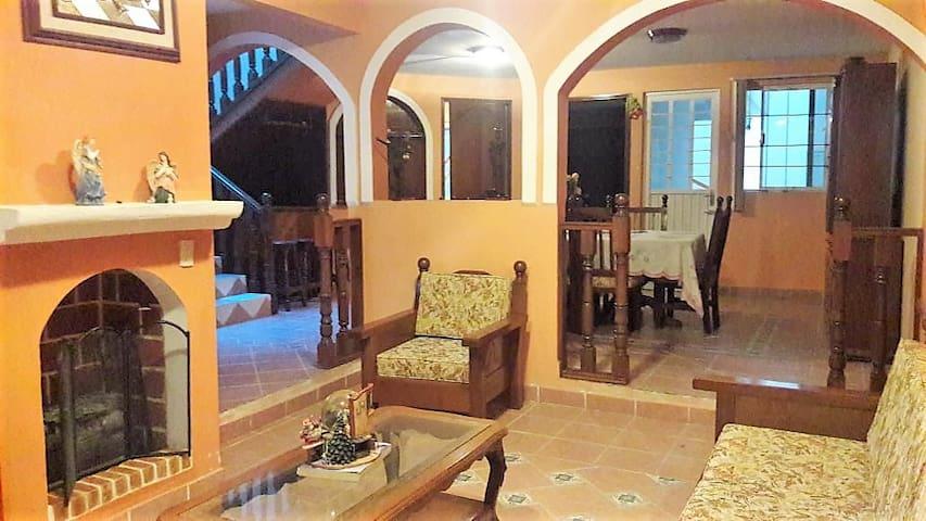 Casa en Ixmiquilpan, cerca Tolantongo y balnearios