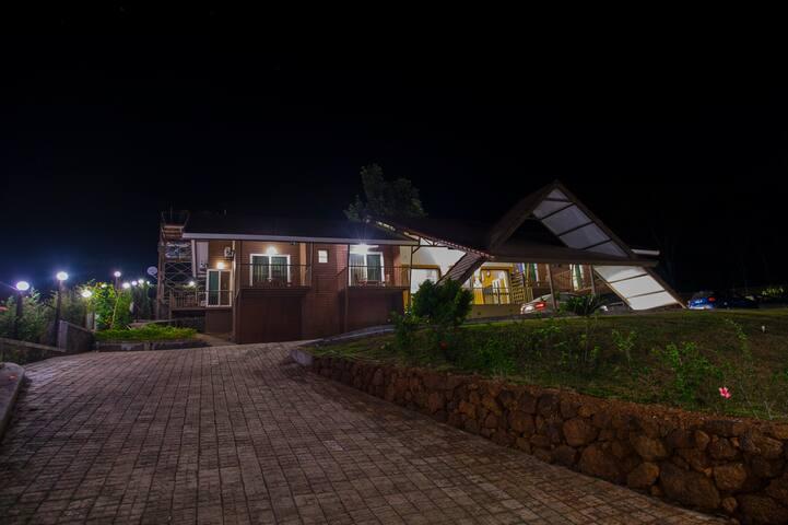 Panchgani bungalow / Villa / Homestay  - DALA MARE
