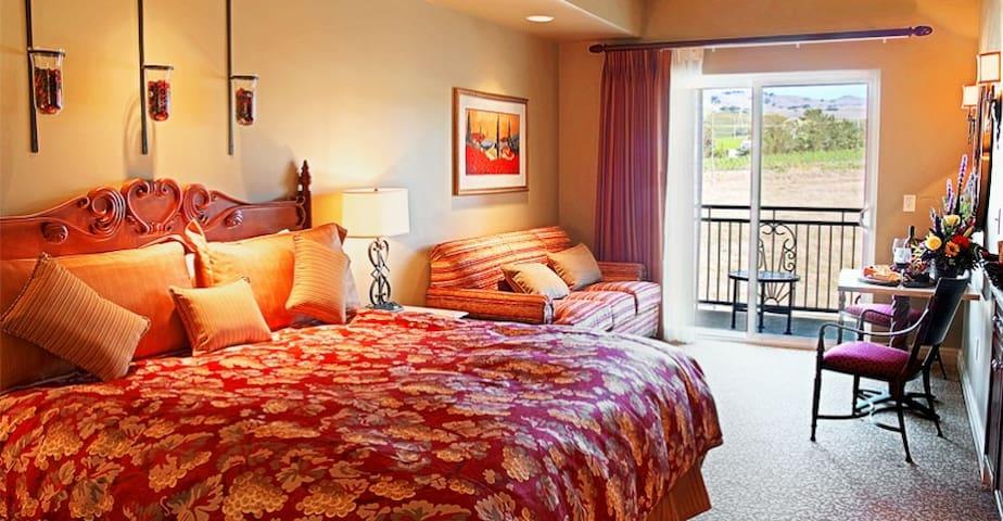 Napa Lovely Resort Studio Suite