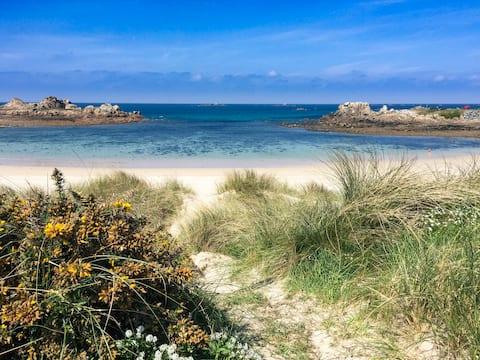 House 500m from Port Soif Beach Guernsey