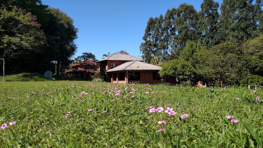 Quarto e Café da Manhã em meio a Natureza - Ivoti - Rumah