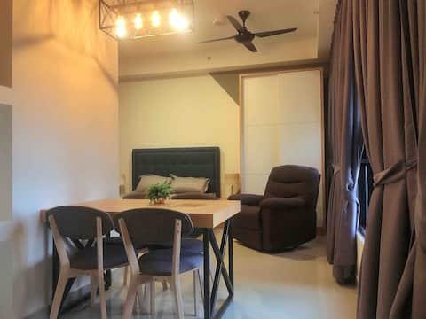 RM5x-Medini Ramada Studio Suites 2pax @ Free Wifi
