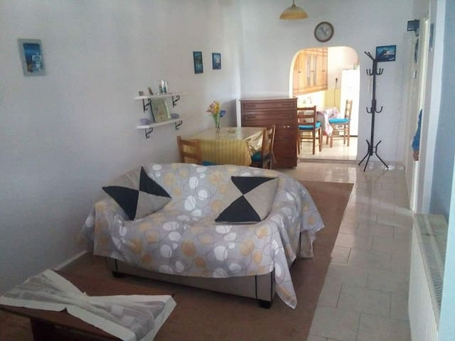 Beautiful 2 room apartment in Leros, Greece. - Agia Marina - Casa
