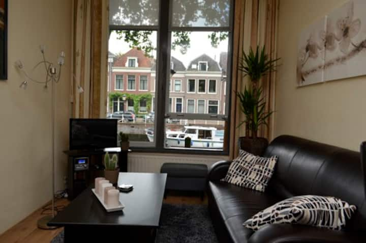 3301 Karaktirestieke studio, Centrum a.d. Gracht