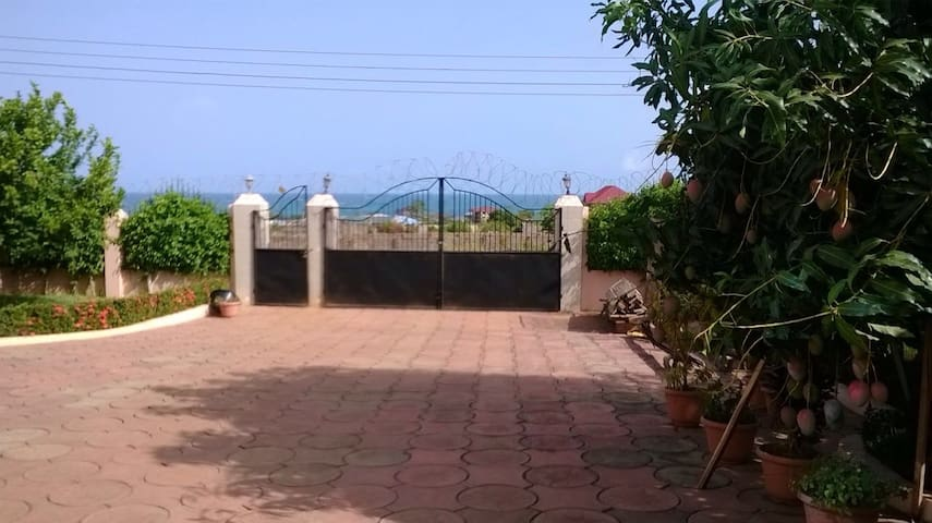 Ocean View Home - Accra - House