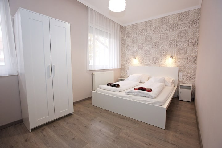 Apartment Timi-Kölcsey, 3 bedroom with terrace