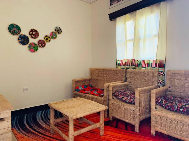 Local and Vibrant Casa in Ntinda
