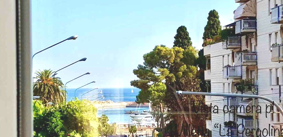 Villetta con giardino 50mt dal mare
