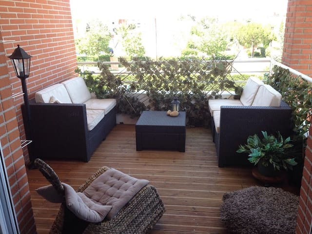 Chambre lumineuse, terrasse, parking. - Toulouse - Apartment