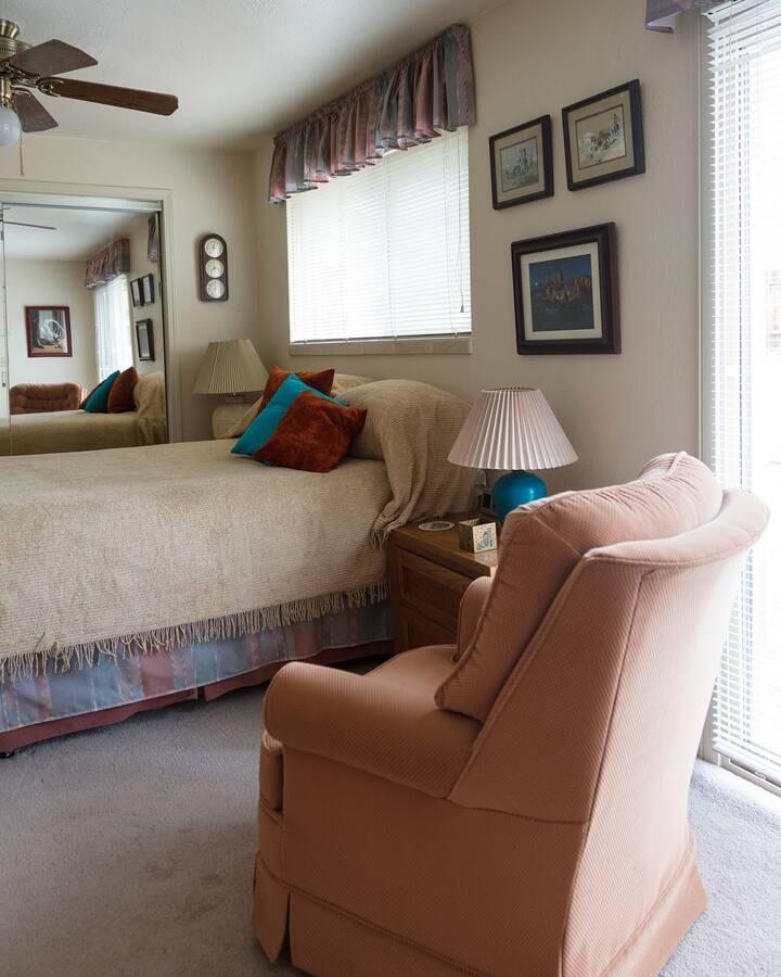 Quiet home w/garage, Hidden Valley, Reno, NV