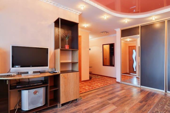 1-комнатная квартира , ул. Красноармейская,298