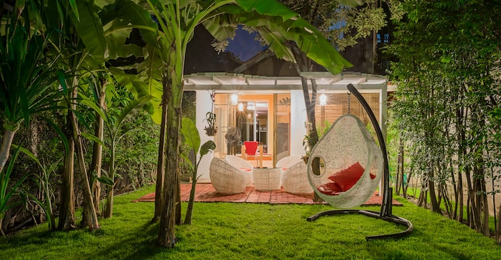 Amazing Honeymoon Villa, near the Old City