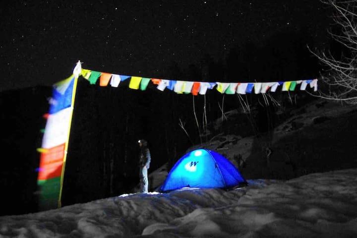 Escape to Hamta: hikers' basecamp (tents & meals)