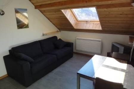 Loue studio de vacances rénové à Névache