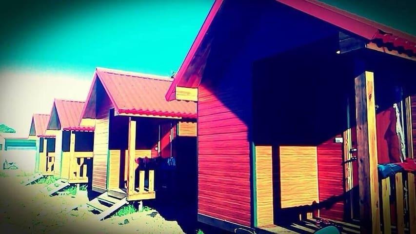 墾丁渡假小木屋1~我們不是走奢華的路線,但是絕對帶給你溫馨又放鬆的感覺 - 屏東 - Casa