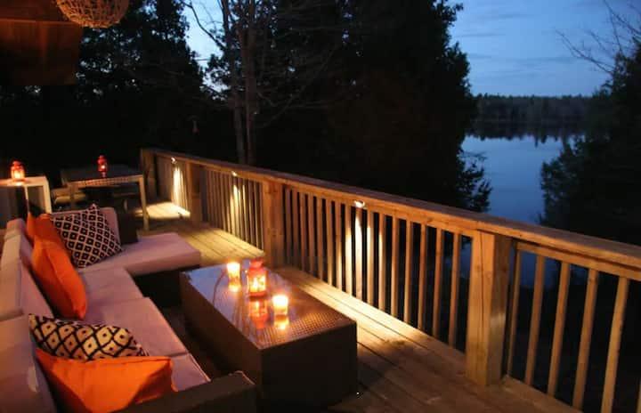 The Aerie : Loft Style Modern Cabin