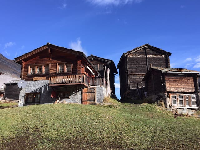 Ski in and ski out chalet at Furi - Zermatt - House