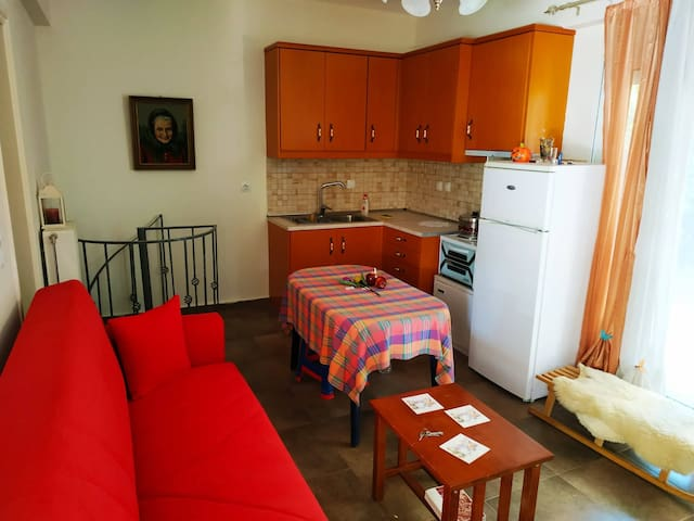 Your comfordable and friendly apartment in Nafplio