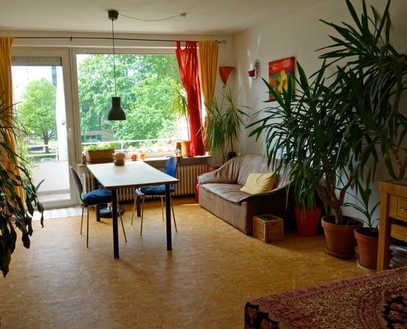 2zi k che bad in altona flats for rent in hamburg hamburg germany. Black Bedroom Furniture Sets. Home Design Ideas