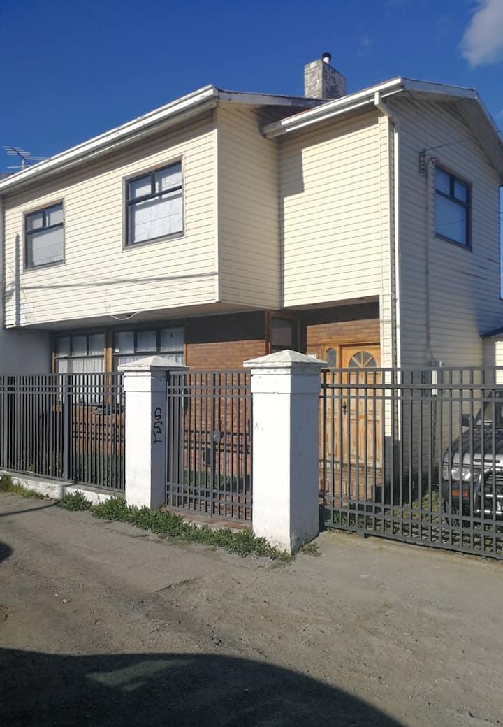 Casa grande en el corazón de Punta Arenas