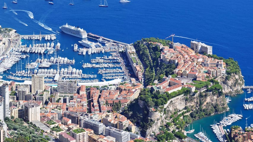 Appartement meublé à 100 mètres de Monaco