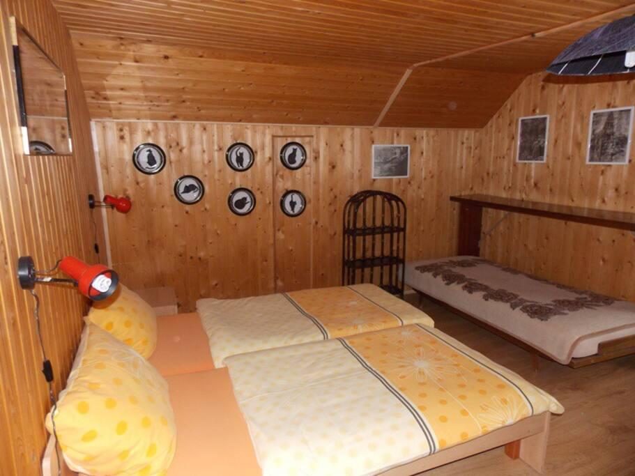Grande chambre pour 2-4 personnes