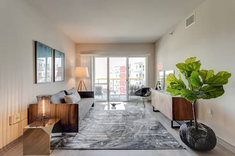 Abode | Marina del Rey | 1-Bedroom +Pool/Gym/Spa