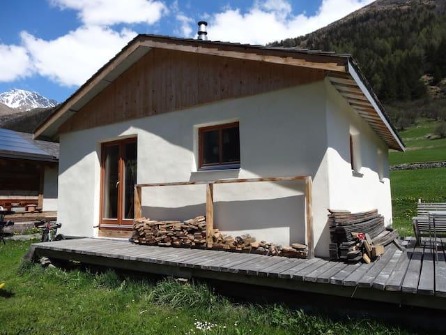 Chalet pour amateurs de randonnée en montagne