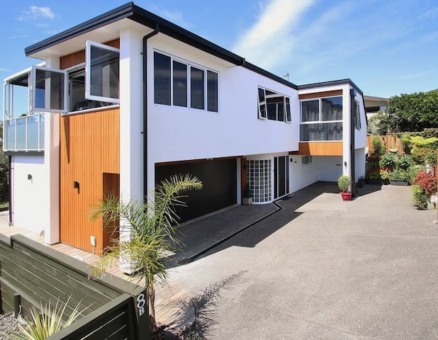Pillans Point - Private access self contained flat - Tauranga