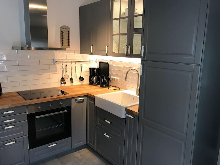 landhaus stil wohnung flats for rent in erfurt th ringen germany. Black Bedroom Furniture Sets. Home Design Ideas