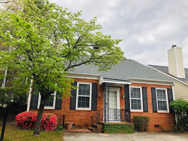Master's Rental in Historic Summerville