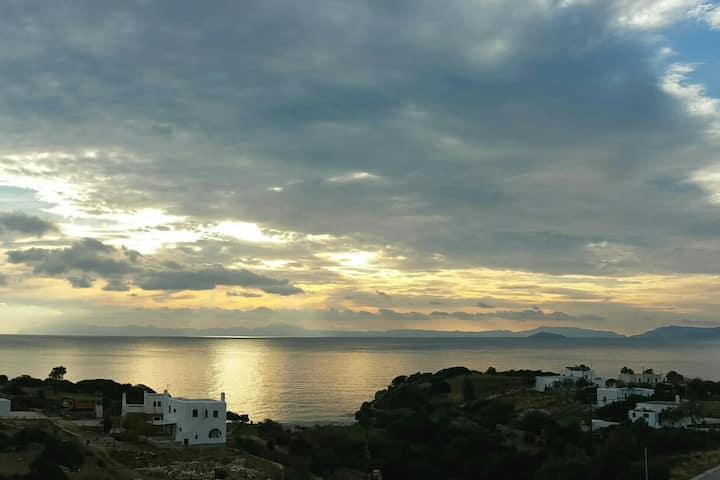 Peaceful, panoramic seaview retreat eastern Naxos